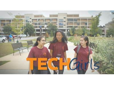 Amerikaning texnologiya sohasidagi qizlar uchun mo'ljallangan TechGirls dasturi qatnashuvchilari bilan onlayn uchrashuv